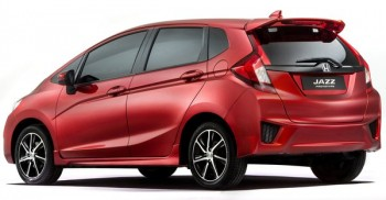 honda_jazz_car_new_900